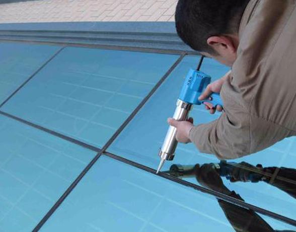 外墙防水堵漏-玻璃建筑防