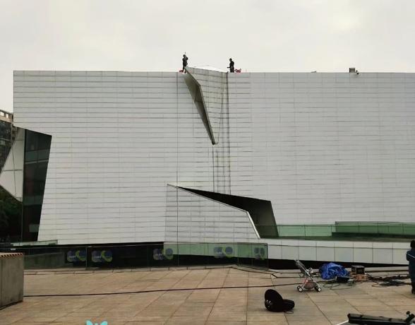 高空作业安装-专业外墙清洗